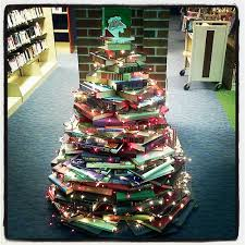 Book Christmas Tree 2