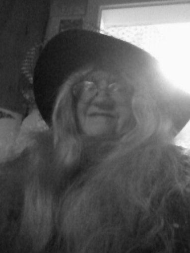 04222016 - Patty hat