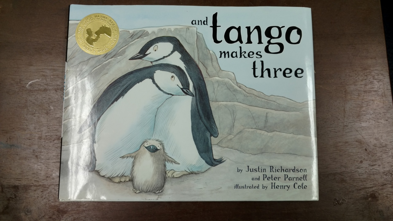 08302016 - tango makes 3 pic