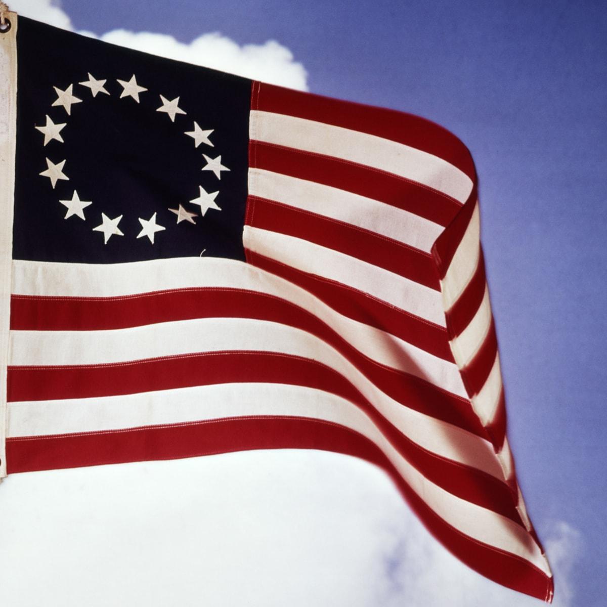 13coloniesflag